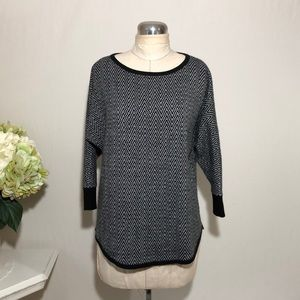 The Limited Women's Crew Neck Sweater